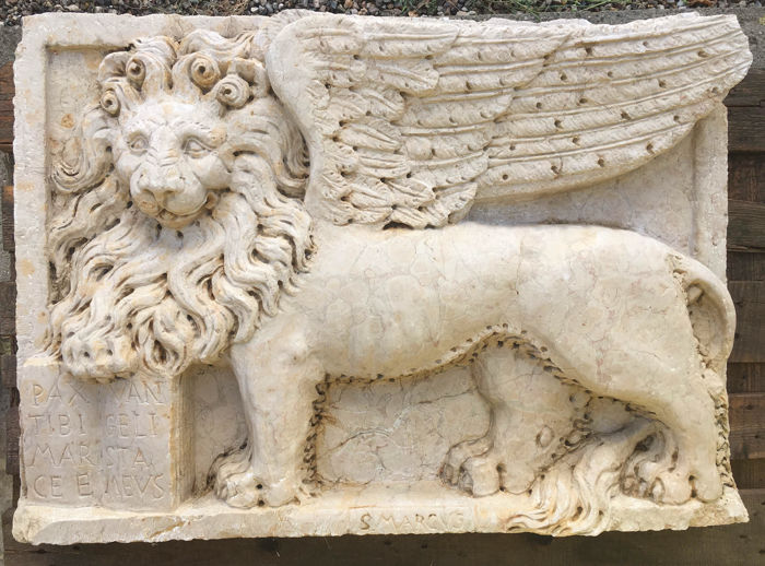 Large sized Lion of St. Mark in white marble - Italy, Venice - ca. 1800