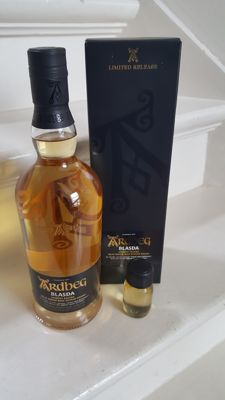Ardbeg Blasda + 3ml sample of this whisky