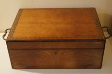 Large rosewood mother of pearl, brass inlay campaign box, 1880's