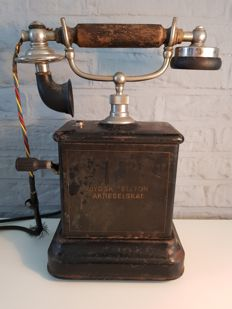 Antique telephone JYDSK Aktieselskab, 1904