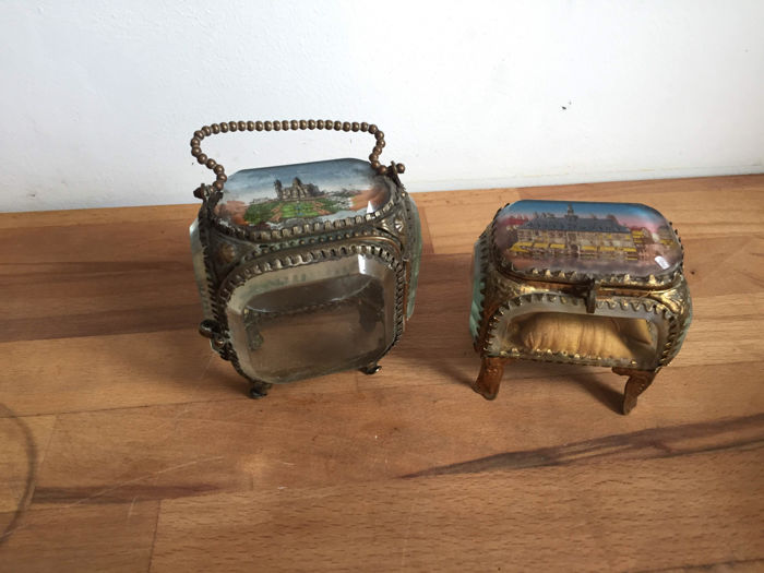 Two French jewellery boxes from Lille and Montmartre - France - 19th century