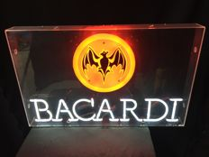 Neon advertising in new condition - BACARDI neon sign