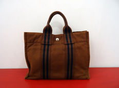 Authentic Hermés Fourre Tout PM shopping duffle bag