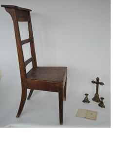 Prayer chair - Little Prayer Book (1894) - Crucifix with 2 candle holders