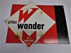Old gr. enamel sign, Piles Wonder, inscribed on both sides