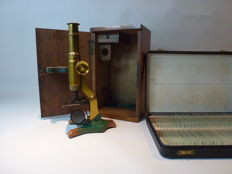 Antique microscope with box of preparation glasses - 19th century