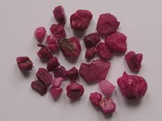 Lot rough natural  rubies - 36 g - 180.35 Ct