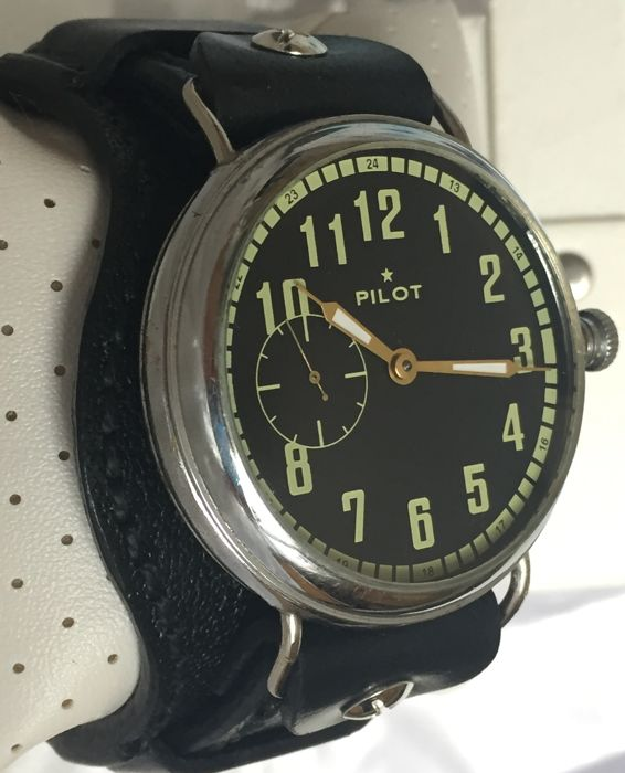 Molnija Pilot military marriage watch 50s