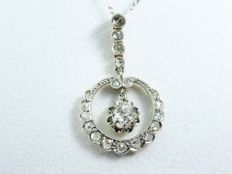 Antique 18 kt Gold pendant with Diamonds & platinum necklace
