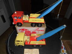 Gama, Western Germany - Length 48 cm - lot with tin Henschel tow truck No. 2440 and plastic/tin Faun tow truck with friction drive, 60's