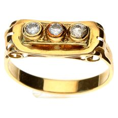 14 kt Vintage gold ring with white sapphire