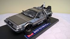 "Sun Star - Scale 1/18 - De Lorean 1985 ""Time Machine - Back to the future"" - Release date"