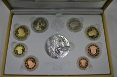 Vatican – coin set with 1 cent to 2 euro 2009 with silver medallion