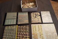 Huge collection cigars bands & series, more than 10,000 of pieces in a box and 4 albums