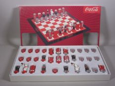 Extraordinary Coca-Cola Chess game + original packaging - new condition
