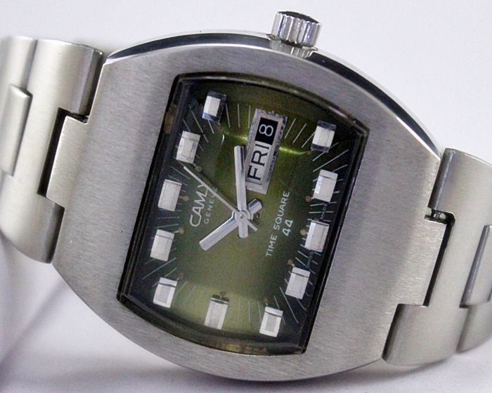 "Camy ""Time Square 44"" Men's Wristwatch - circa 1970s"