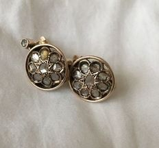 Round earrings, early 20th Century, low grade yellow gold and rose cut diamonds