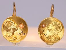 Early Art Nouveau ladies portrait gold earrings, anno 1900