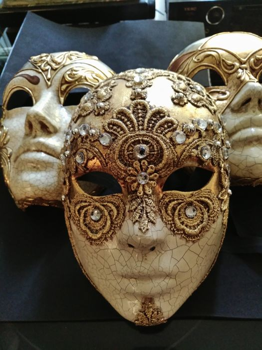 Venice Full Face Black Mirror Mask: Three Very Beautiful Venetian Masks