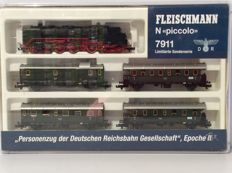 Fleischmann N - 7911 - limited edition ERA II with a DR6 steam locomotive Series BR62 001 Era II  (1913)