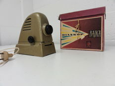 Vintage tZk projector Diaskop Bajka with films