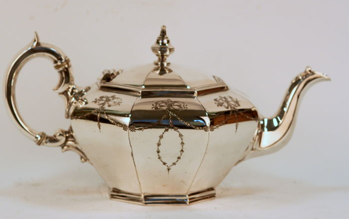 Antique Silver Plate Victorian Tea Pot With Decorative Engravings, James Dixon & Sons, Circa.1880