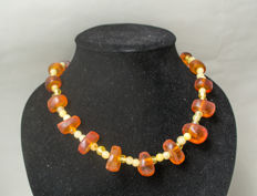 Baltic Amber necklace in butterscotch and honey colour, 49 gram
