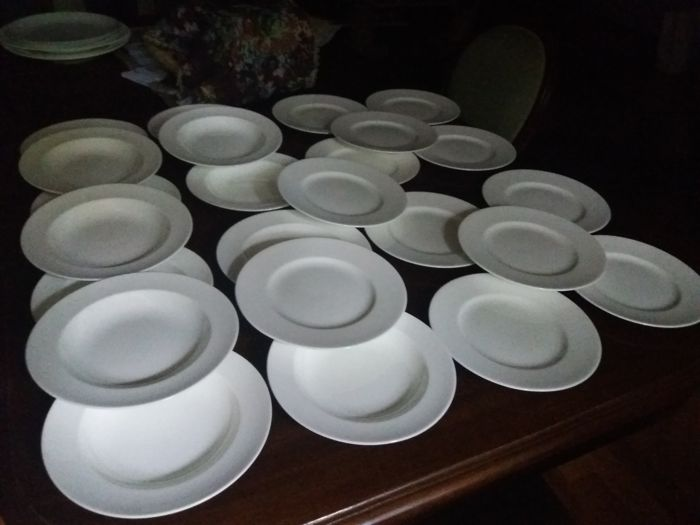 White English Porcelain 1980 - Coalport Bone China - 24pcs