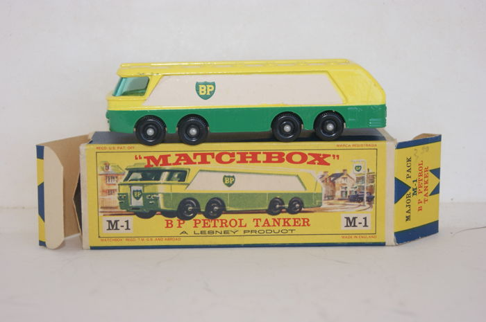Lesney Matchbox Major - Scale 1/90 - B.P. Petrol Tanker M-1