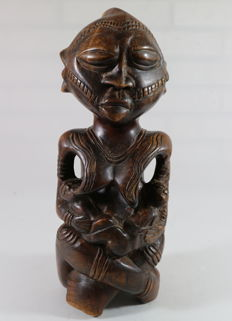 Materniteits figuur - YOMBE - D.R. Congo