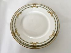 24 porcelain dinner and dessert plates A. Hache, Vierzon - Paris