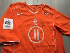 Legendary Dutch Team 2004-2006 Shirt - Signed Dirk Kuyt