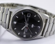 Seiko 5  6119-7520 Automatic Men's Wristwatch - circa 1960s