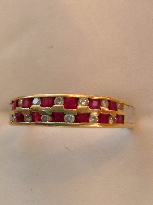 14k gold ruby and diamond double row eternity ring; ringsize: T