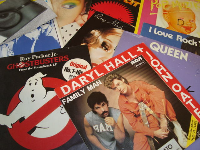 "Very nice lot: 45 7"" singles: Best of The 80's: A Decade Of Music on 45RPM >>> Roxy Music / Queen / The Police / Foreigner / Ultravox / The Human League / Phil Collins / Eurythmics / Robert Palmer / Status Quo and many more!"