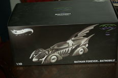 Hotwheels elite Mattel - Scale 1/18 Batmobile Batman Forever - 1995 BCJ98