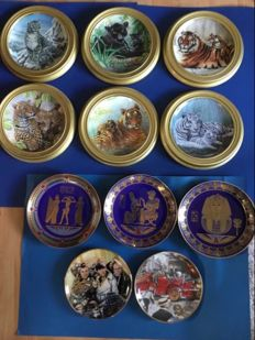 11 small porcelain plates, Franklin mint Limited Edition, signed