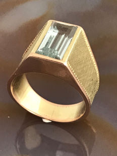 585 gold ring