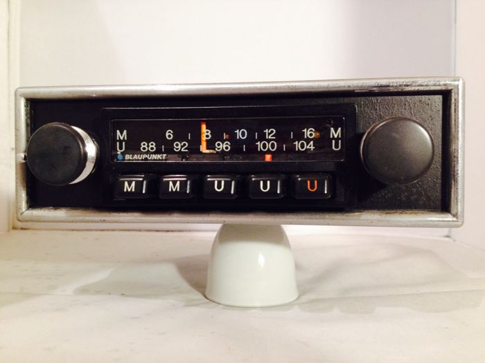 Blaupunkt Munster classic car radio from the 1960s/1970s for Porsche 911, 912 914, 356, VW, BMW, Mercedes,Opel, Ford, and others