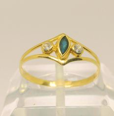 Cocktail ring in 18 kt yellow gold – zirconias and blue stone – 18 mm