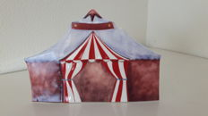 Goebel Hummel - Circus tent of the Clowning Around series
