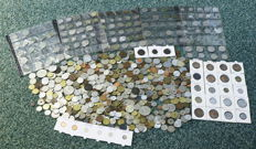 World – Batch with various coins (approx. 750 pieces).