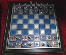 The Battle of Waterloo, chess set from 1980, of Franklin Mint.