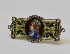 Gold brooch decorated with Enamel and set with rose cut diamonds, Belgium, around 1860