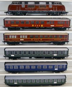 Fleischmann H0 - 1381/5108B/5101B/5112 5103B/5110B - Diesel locomotive Series V200 and five express train passenger carriages of the DB