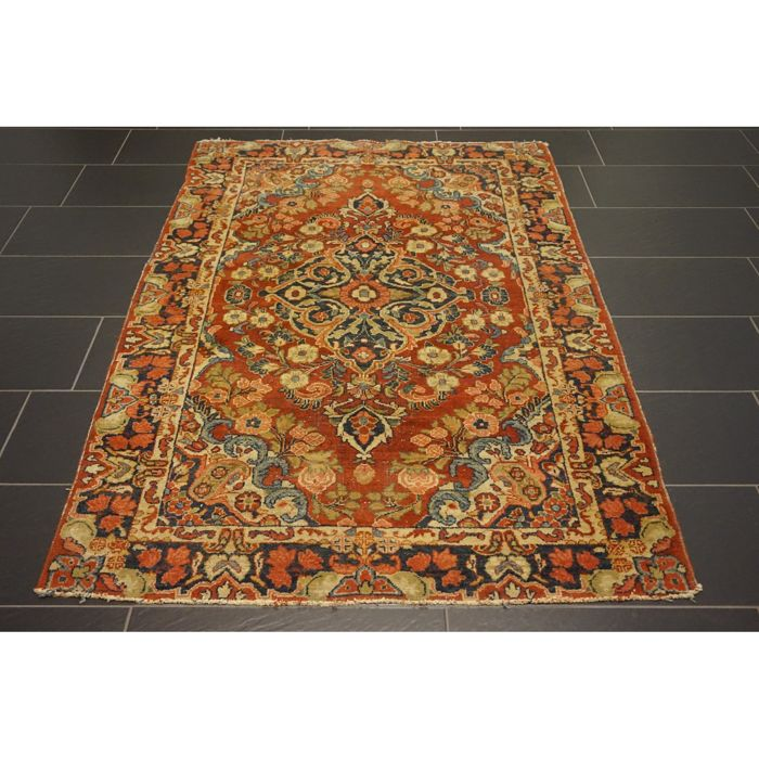 Persian Carpet Quality: Old, High-quality Handwoven Persian Carpet