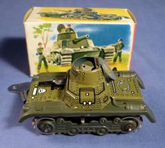 Gama, Western Germany - L. 9 cm - Tin wind-up Army Tank 634, 1960s