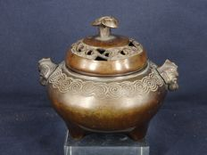 A bronze tripod censer with ruyi design lid - China - late 19th century