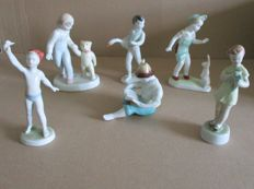 Six porcelain sculptures - Hollohaza