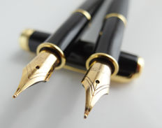 Parker: 2x luxury Sonnet fountain pen: Matt Black and gloss black with gold-plated accents, with Parker gift box (039-7)